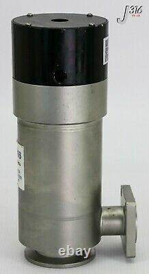 1074 MKS ANGLE VACUUM VALVE WithO LIMIT SWITCH 796-001604-001 99B0558