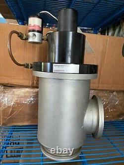 204344 Used, MKS 155-1100P-24VDC Vacuum Pneumatic Angle Valve, 24VDC, 90Deg, 4