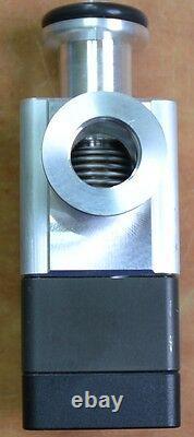 VAT 26424-KA11-BAV1 /0202 A-747153 Aluminum Vacuum Angle Valve