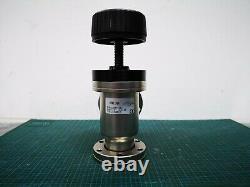 Varian L6591-301 High Vacuum Right Angle Manual Valve